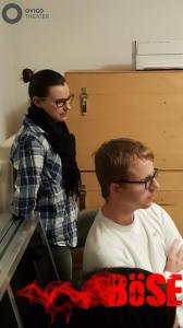 """""""Böse"""" Regisseurin Theresa Weidhas mit Assistent Michael Hirsch"""