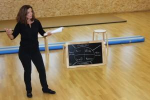 Dozentin Marion Beyer beim OVIGO-Workshop in Oberviechtach