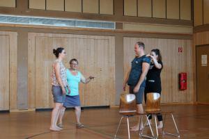 Theresia Igl beim OVIGO Theater-Training (Niedermurach)