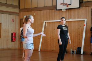 Theresia Igl beim OVIGO Theater-Training