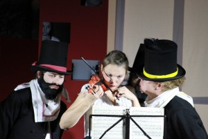 """OVIGO Theater, """"Die Verwandlung"""", Zimmerherren und Grete"""