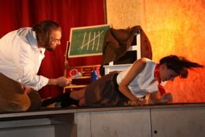 """OVIGO Theater, """"Die Unterrichtsstunde"""" mit Lisamarie Berger"""