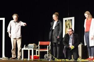 """OVIGO Theater, """"Der Gott des Gemetzels"""", 2015 in Neunburg vorm Wald"""