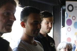 Junaid mit den OVIGO-Vorständen Michael Zanner und Florian Wein