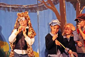 "OVIGO-Kids in ""Peter Pan"""