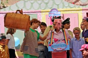 """Pippi Langstrumpf"" in Burgtreswitz (OVIGO Theater)"