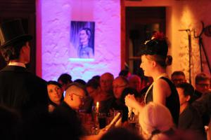 "OVIGO Theater, ""Mord im Hause Doubleface"", Dinner mit Killer, Brauerei Jacob Bodenwöhr"