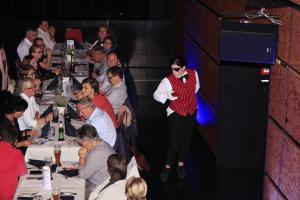 """Dinner mit Killer"", Ursensollen, OVIGO Theater, Theresia Igl"