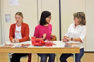 """""""Eine ganz heiße Nummer"""" Probe mit Ilona Glück (rechts), OVIGO Theater"""
