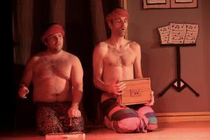 Andreas Schopper (rechts), Eine ganz heiße Nummer, OVIGO Theater