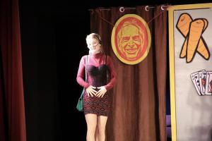 """""""Eine ganz heiße Nummer"""" vom OVIGO Theater, Julia Gitter"""