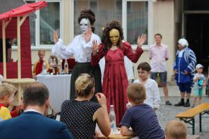 Markttreiben beim Festspiel Oberviechtach (OVIGO Theater, 2019)