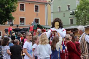 OVIGO Theater beim Markttreiben Oberviechtach