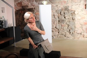 "Christina Götz in ""Gift"" (OVIGO 2017)"