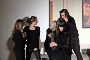 """""""Identität"""" (Stückentwicklung der OVIGO-Jugendlichen, 2019)"""