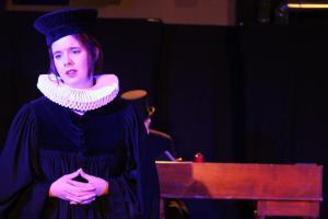 """Paule Klepser in """"Scrooge"""" (OVIGO Theater)"""