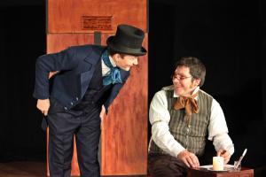"Charles Dickens, ""Scrooge"", OVIGO"
