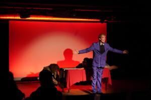 Sir Price präsentiert: die OVIGO Wundertüte im W1 (Daniel Adler)
