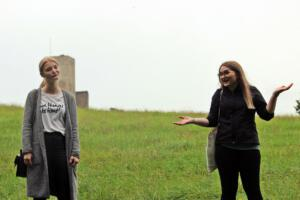 OVIGO Zeitreise, Julia Gitter (links)