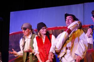 "Piraten / ""Peter Pan"" / OVIGO Theater"